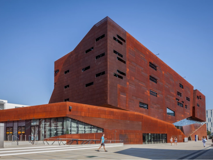 Archisio - Andrea Zanchi Photography - Progetto Teaching center campus wu - busarchitektur