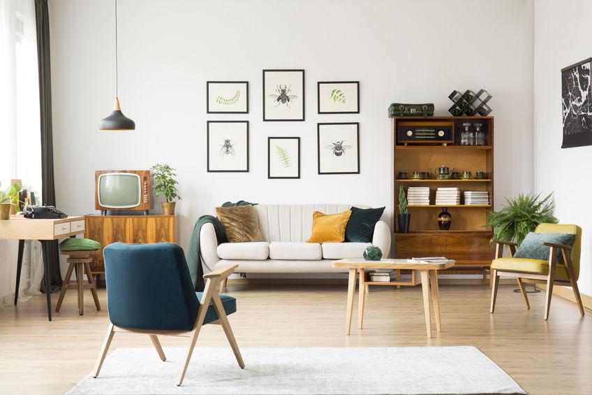 soggiorno con mobili vintage