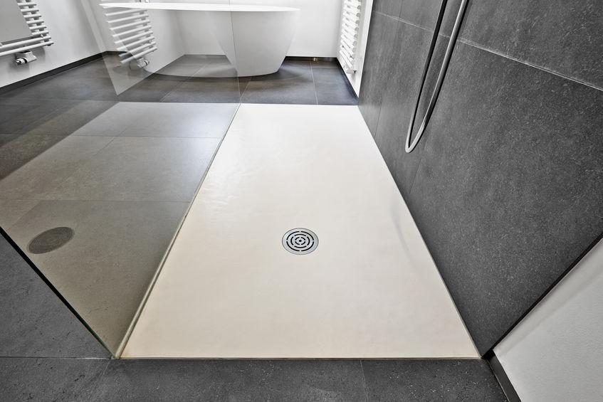 Come scegliere il piatto doccia in corian
