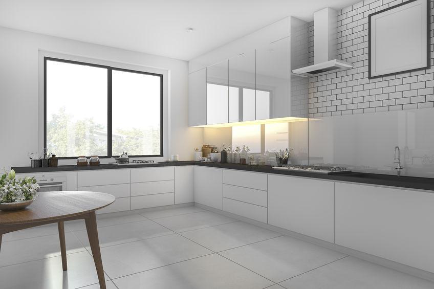 Tipologie di materiali per il paraschizzi della cucina