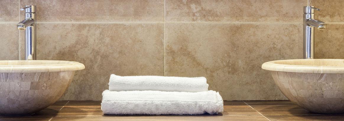 Lavabo in marmo per il bagno