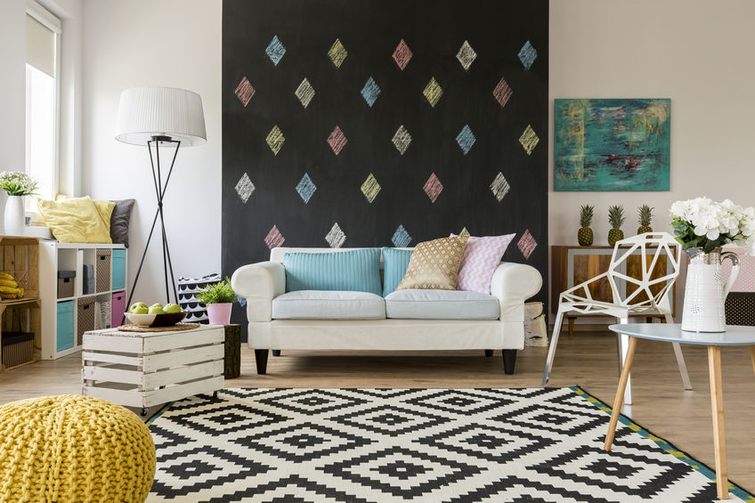 Parete lavagna in soggiorno ornamentale, per veloci cambi di look