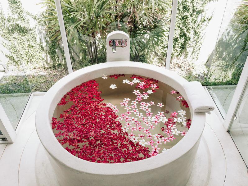 Vasca da bagno rotonda: effetto wow