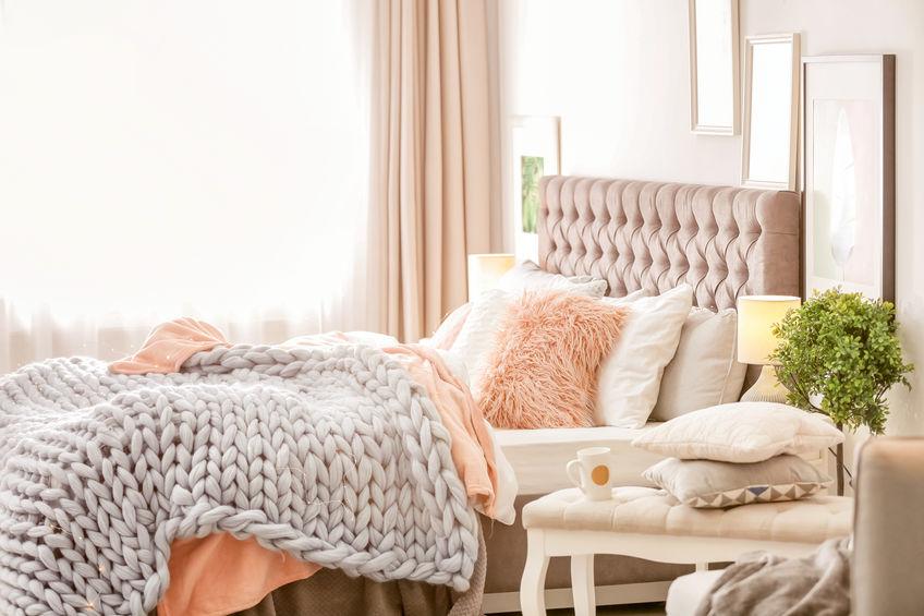 coperte e cuscini rosa