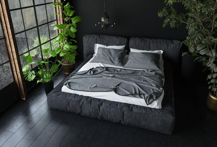 Biancheria da letto in una camera maschile