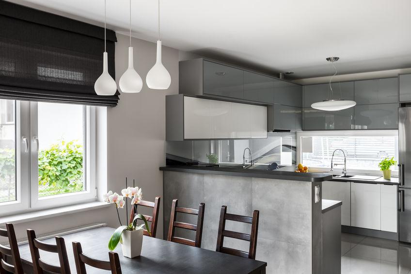 Tende a pacchetto: soluzioni funzionali in casa