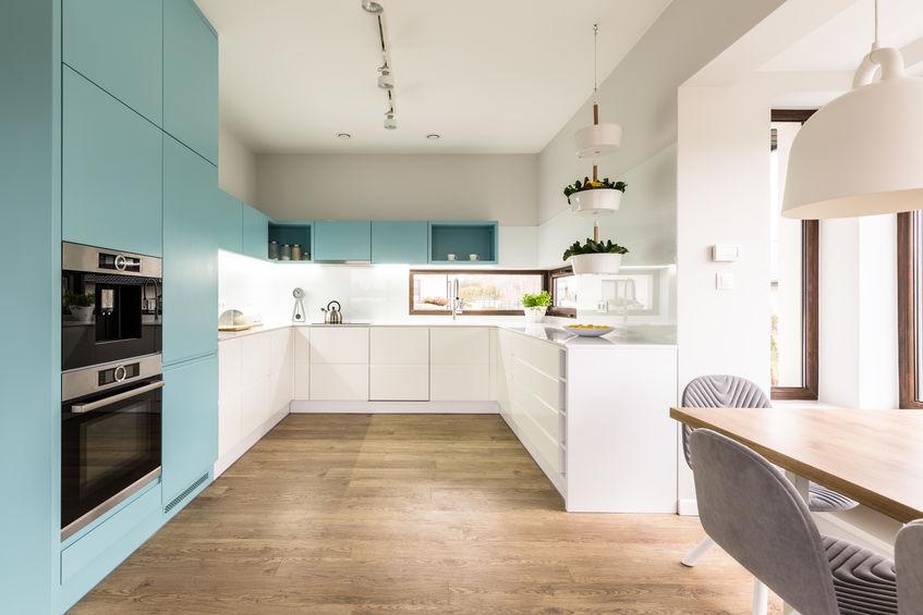 Look in azzurro per la cucina