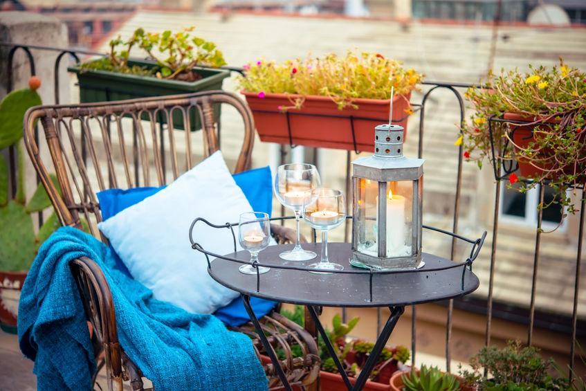 allestire aperitivo in balcone