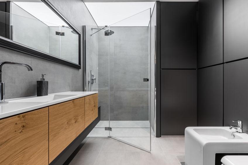 Tipologie di apertura per il box doccia del bagno