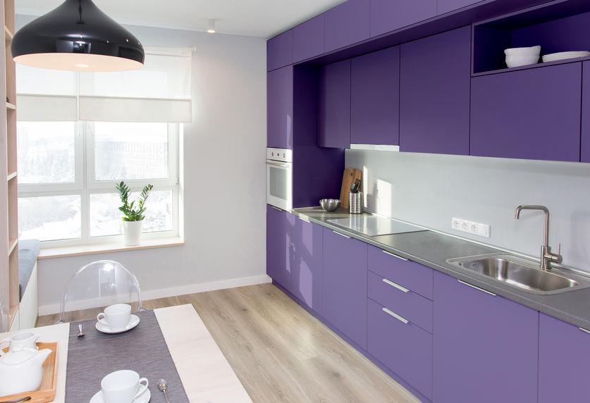 mobili cucina viola