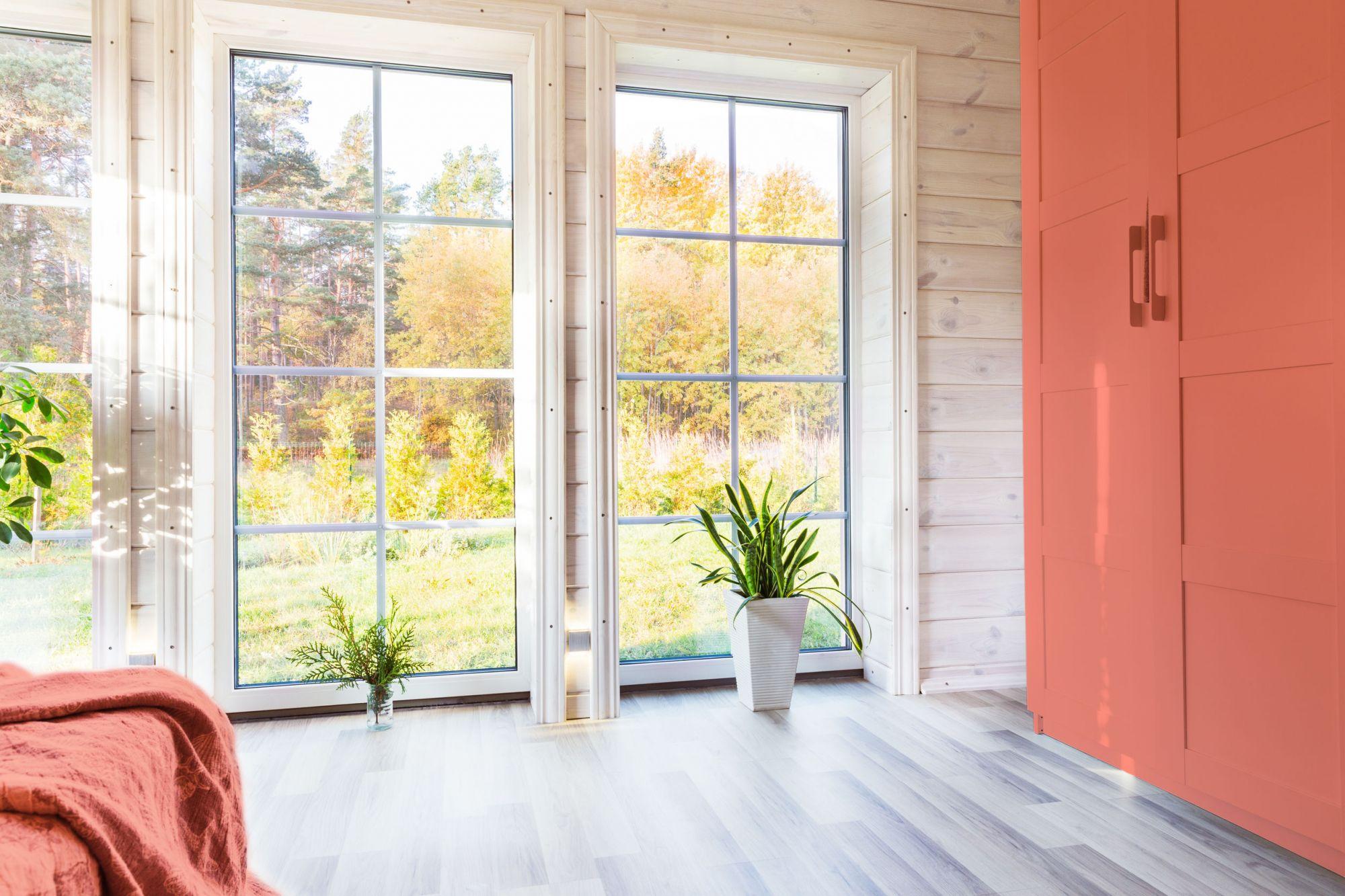 8 soluzioni per arredare casa con il color corallo