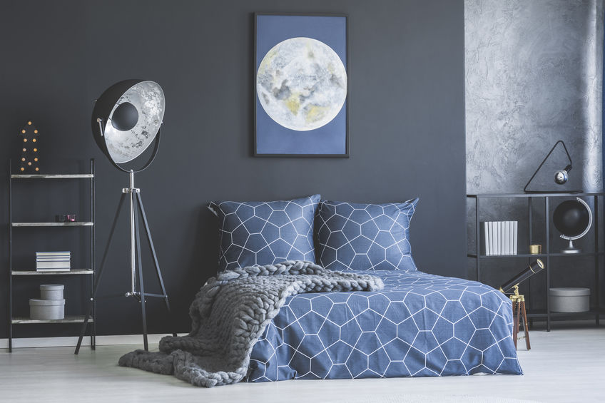 Soluzioni originali per arredare casa in blu