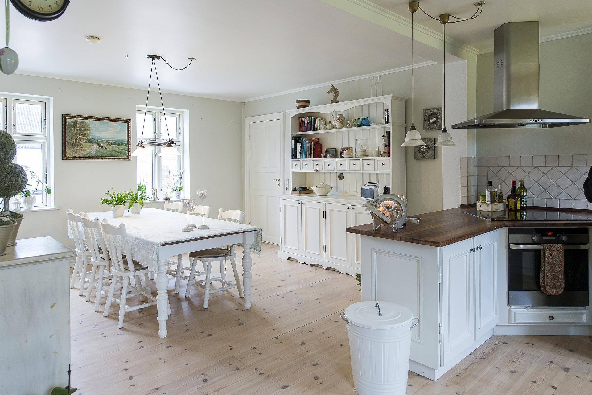 Illuminazione country chic per una cucina di stile