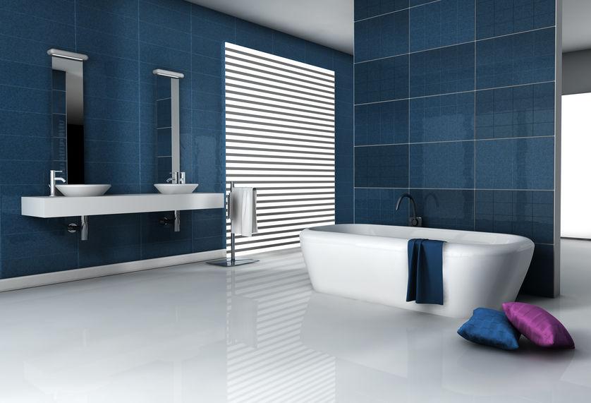 Bagno: rivestimenti in blu