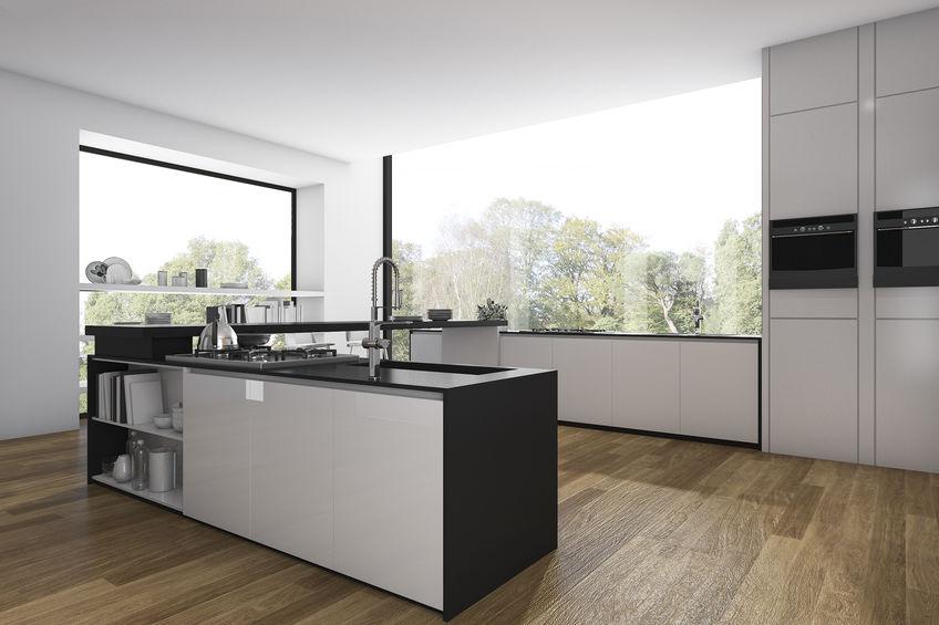 Cucina hi-design e low cost: moderna in bianco e nero