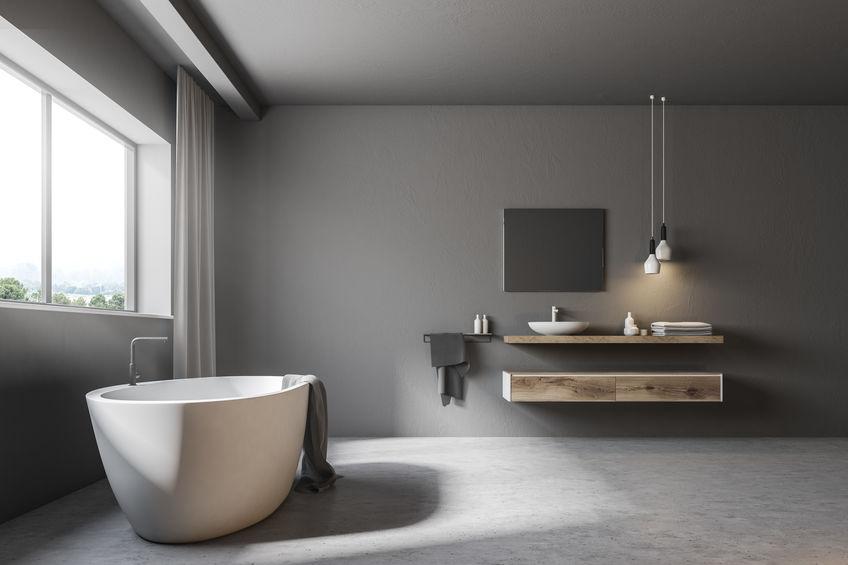 Tende in bagno: moderni tessuti a tutt'altezza