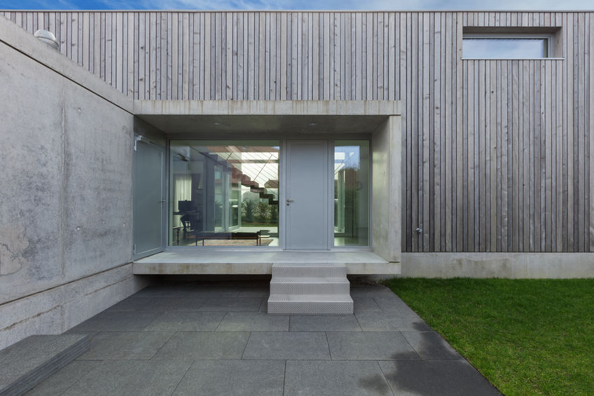 Ingresso minimal in cemento a vista