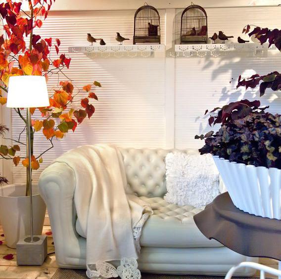 Decorare casa autunno: bianco classico