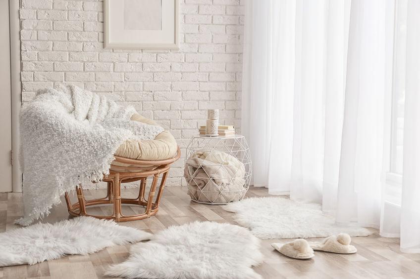 Arredare le pareti di casa con mattoni bianchi a vista