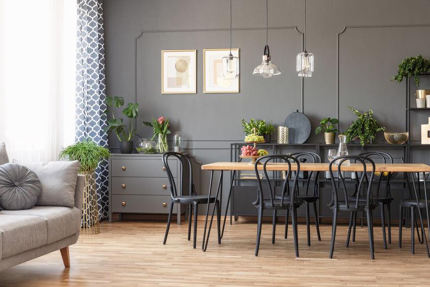 Sala da pranzo in grigio: elegante e distinta