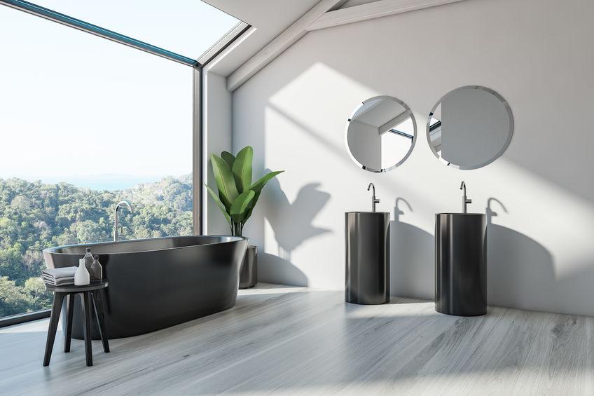Doppio lavabo in bagno: soluzione freestanding