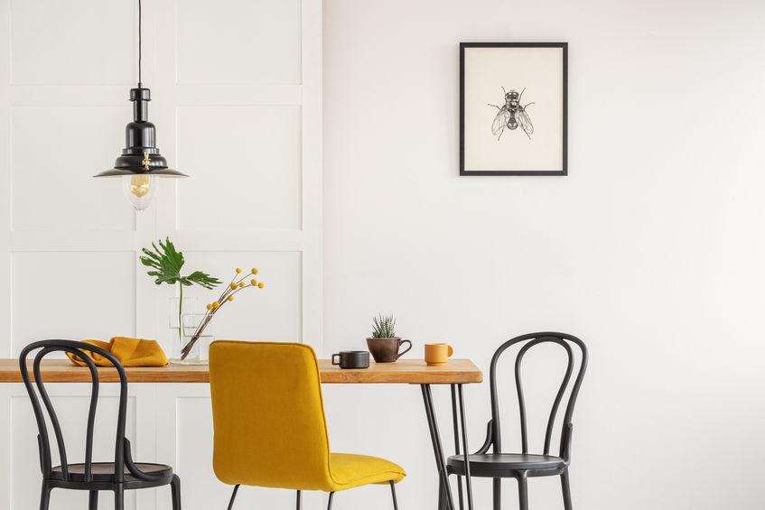 Tendenza sedie: thonet in nero nella sala da pranzo