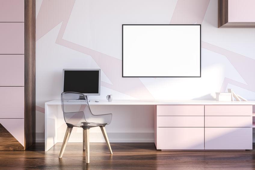 Inserire sedute trasparenti negli ambienti di casa
