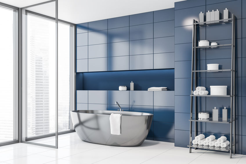 Bagno trendy in bianco e blu