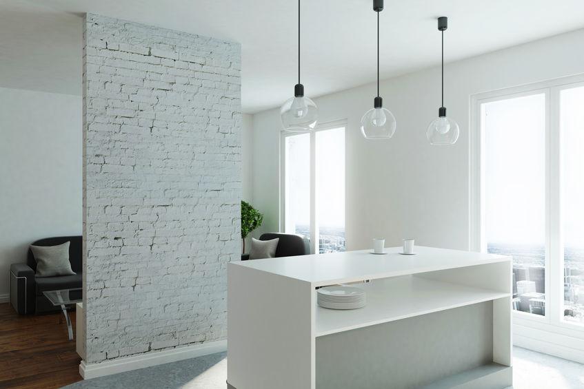 Dividere il soggiorno dalla cucina: utilizza un parete divisoria