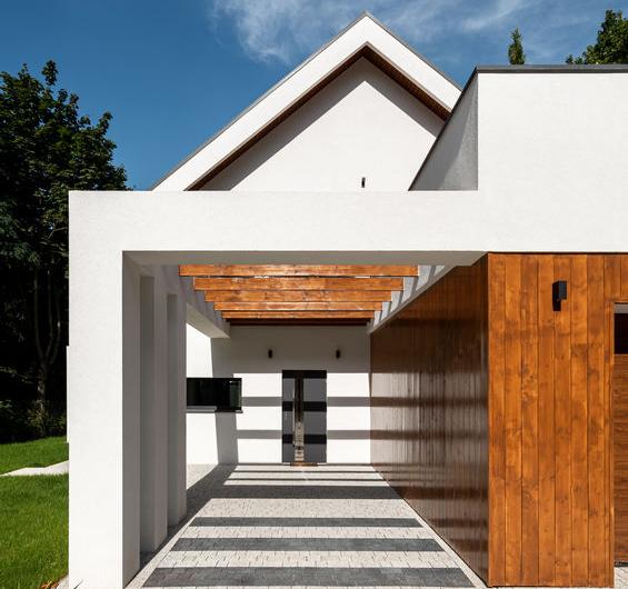 Porta d'ingresso: in vetro in una  villa moderna
