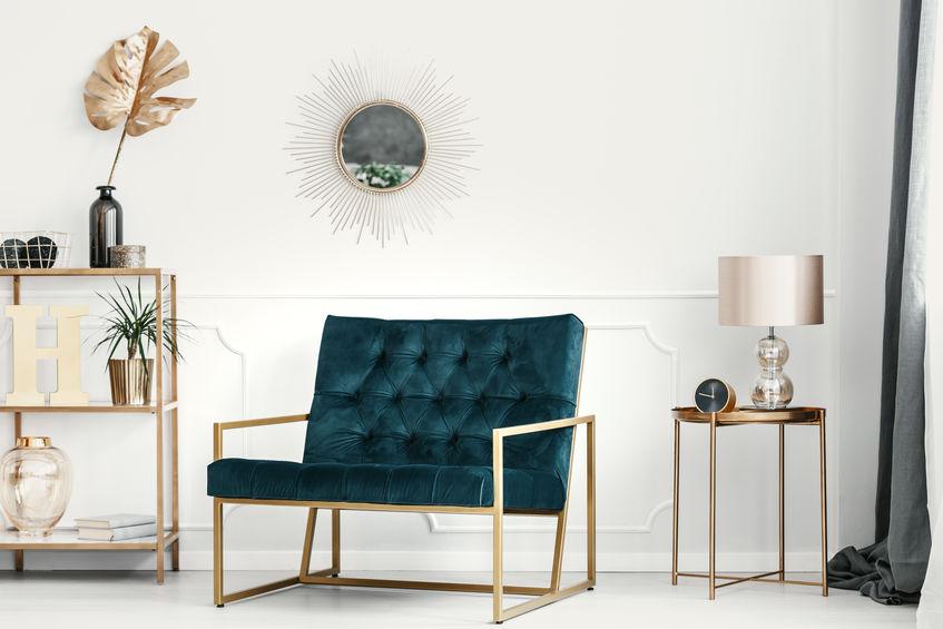 Verde ottanio in soggiorno: seduta lineare e retrò