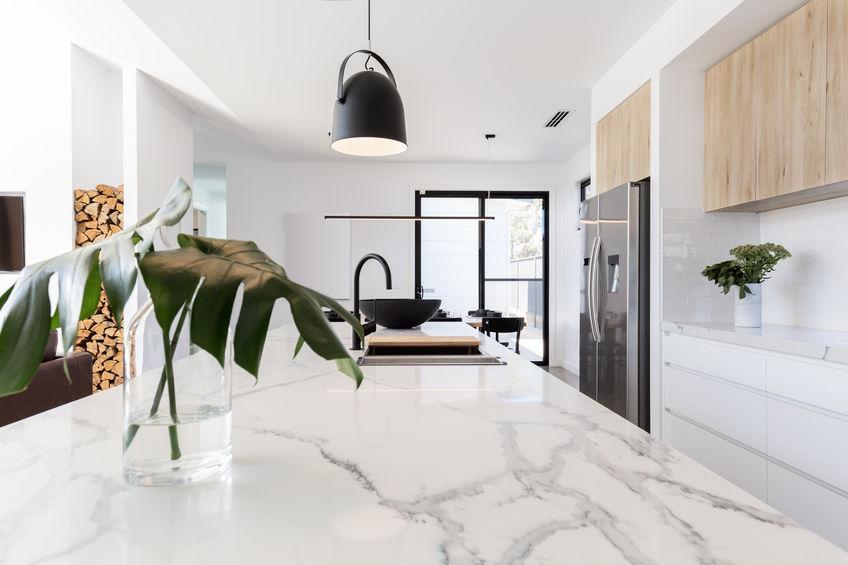 isola per cucina in marmo