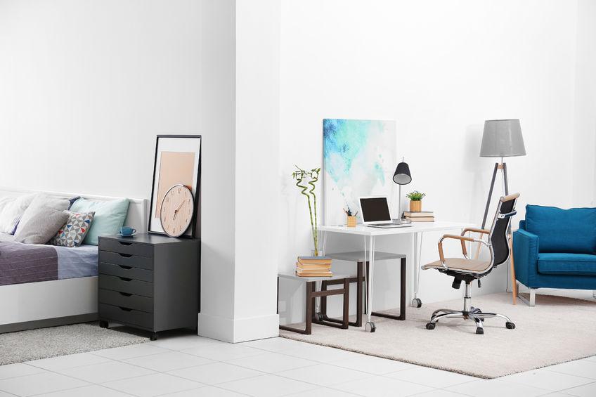 scrivania in camera da letto