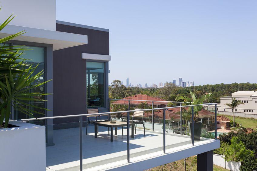Pavimento per balcone: in resina pratico e di stile