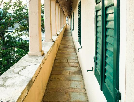 Pavimento per balcone: in pietra tradizionale