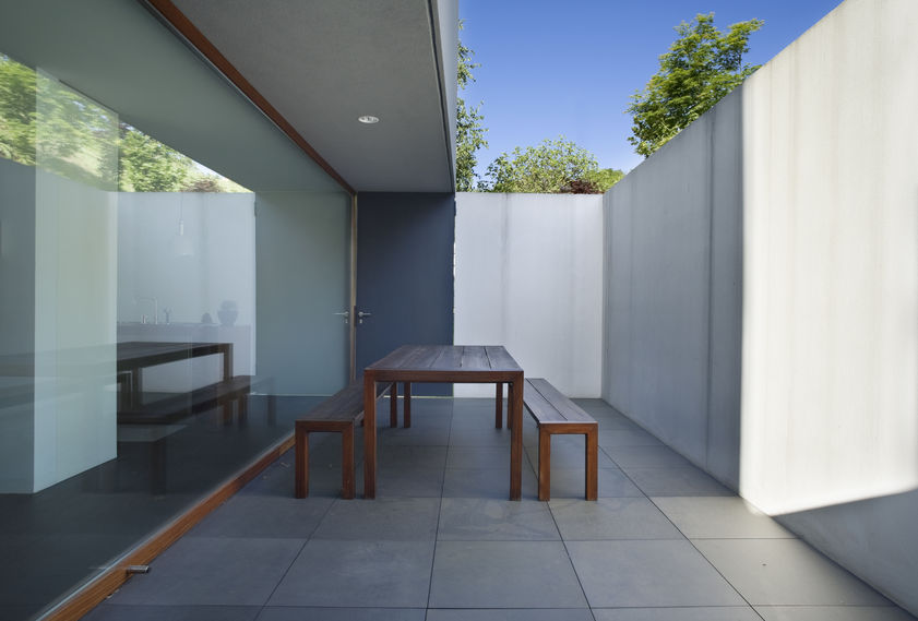 Portico moderno in cemento