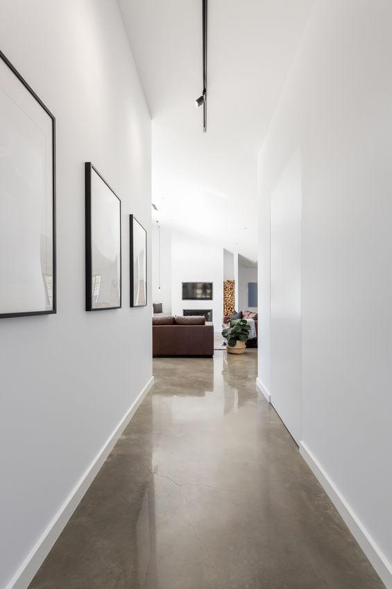 Corridoio: appendi quadri alle pareti