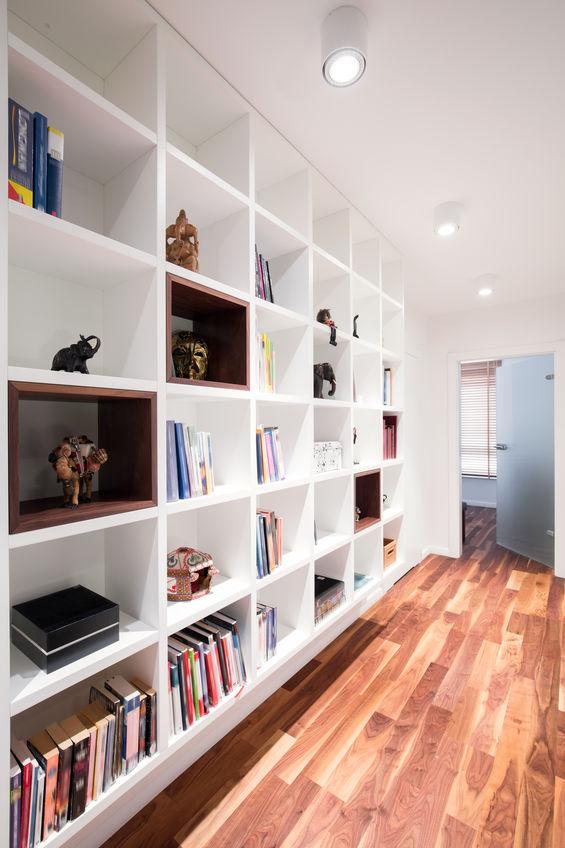 Corridoio: crea una libreria a muro