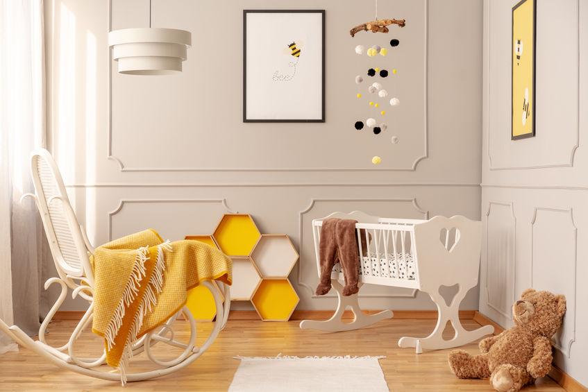 sedia a dondolo nella nursery