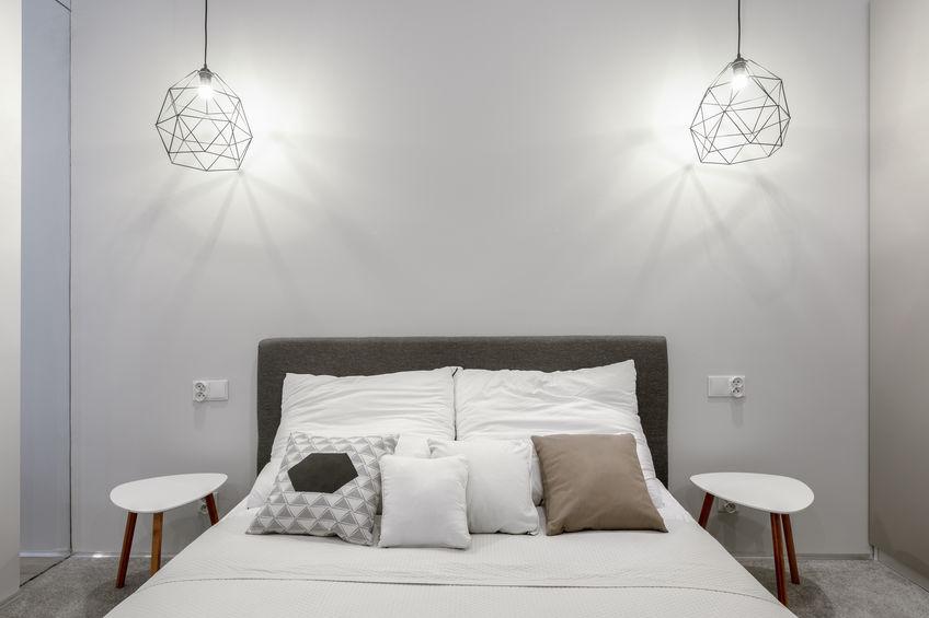 Zona notte: abat jour pendenti dal soffitto