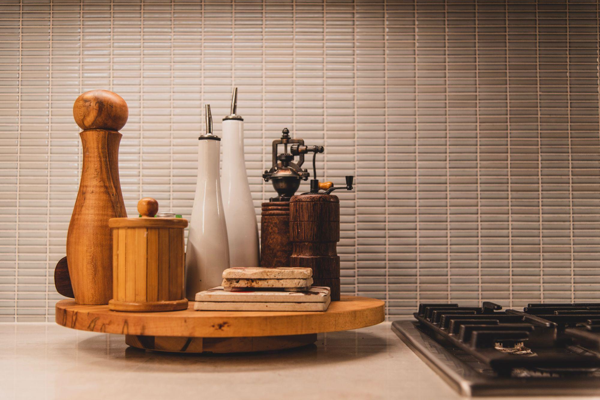 Piano cottura a gas in cucina: griglie all'avanguardia