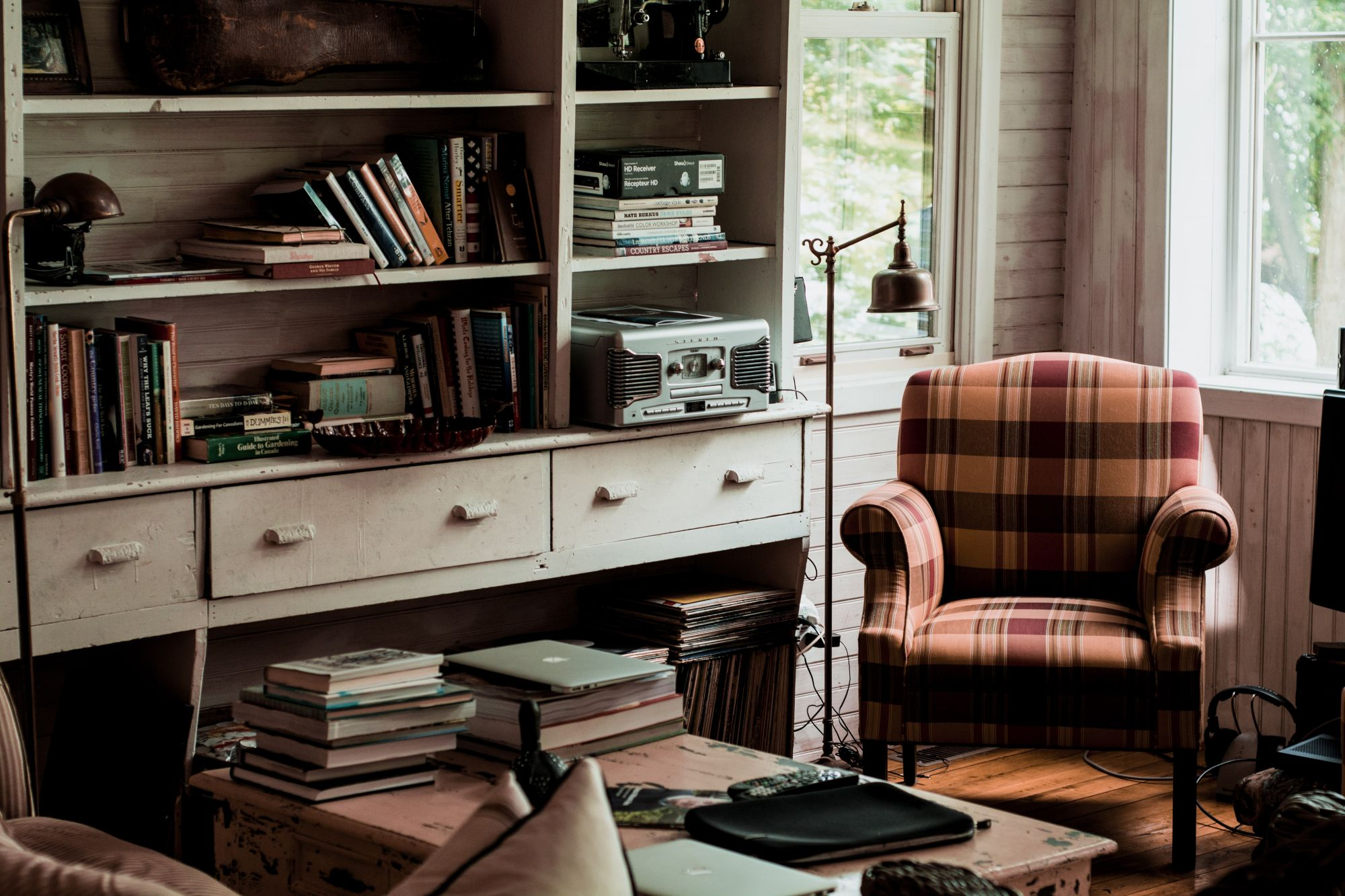 Tartan: bellissimo sulle poltrone in un soggiorno tipico ma trendy