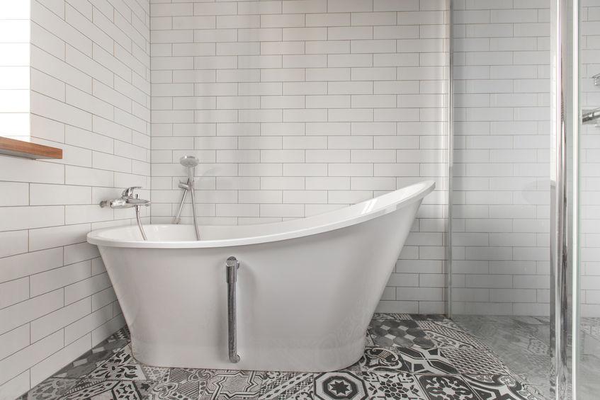 Tendenze bagno: piastrelle quadrate per un look sempre attuale
