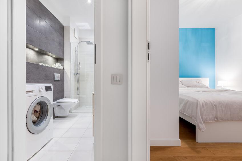 Più spazio in bagno con un' asciugatrice combinata