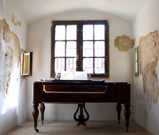 Pianoforte in casa: una stanza ad hoc