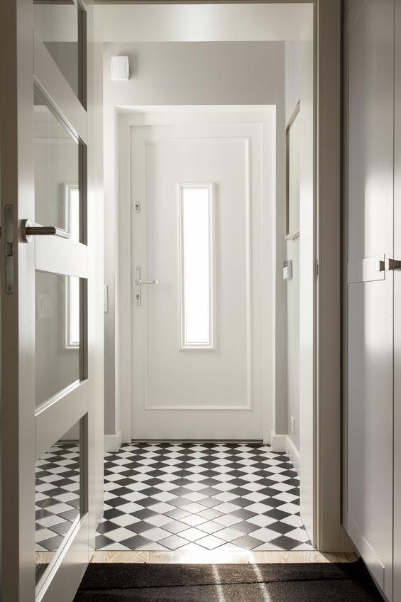 Pavimento trendy con pose diagonali