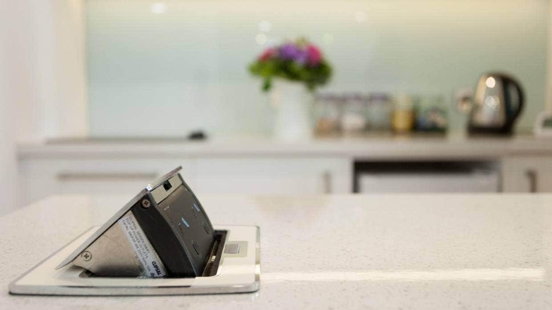 Torrette elettriche in cucina a isola: caratteristiche tecniche