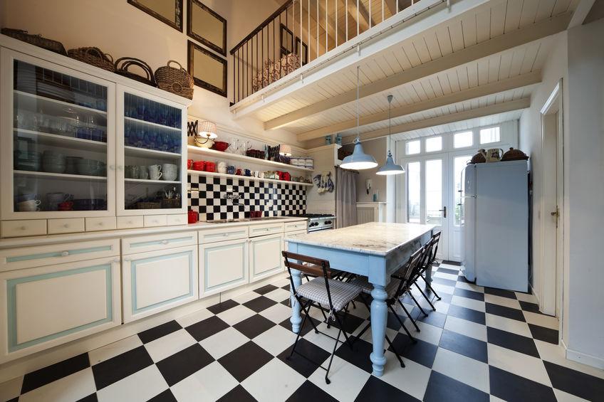 Cucina vintage d'eccezione in un progetto da ispirazione