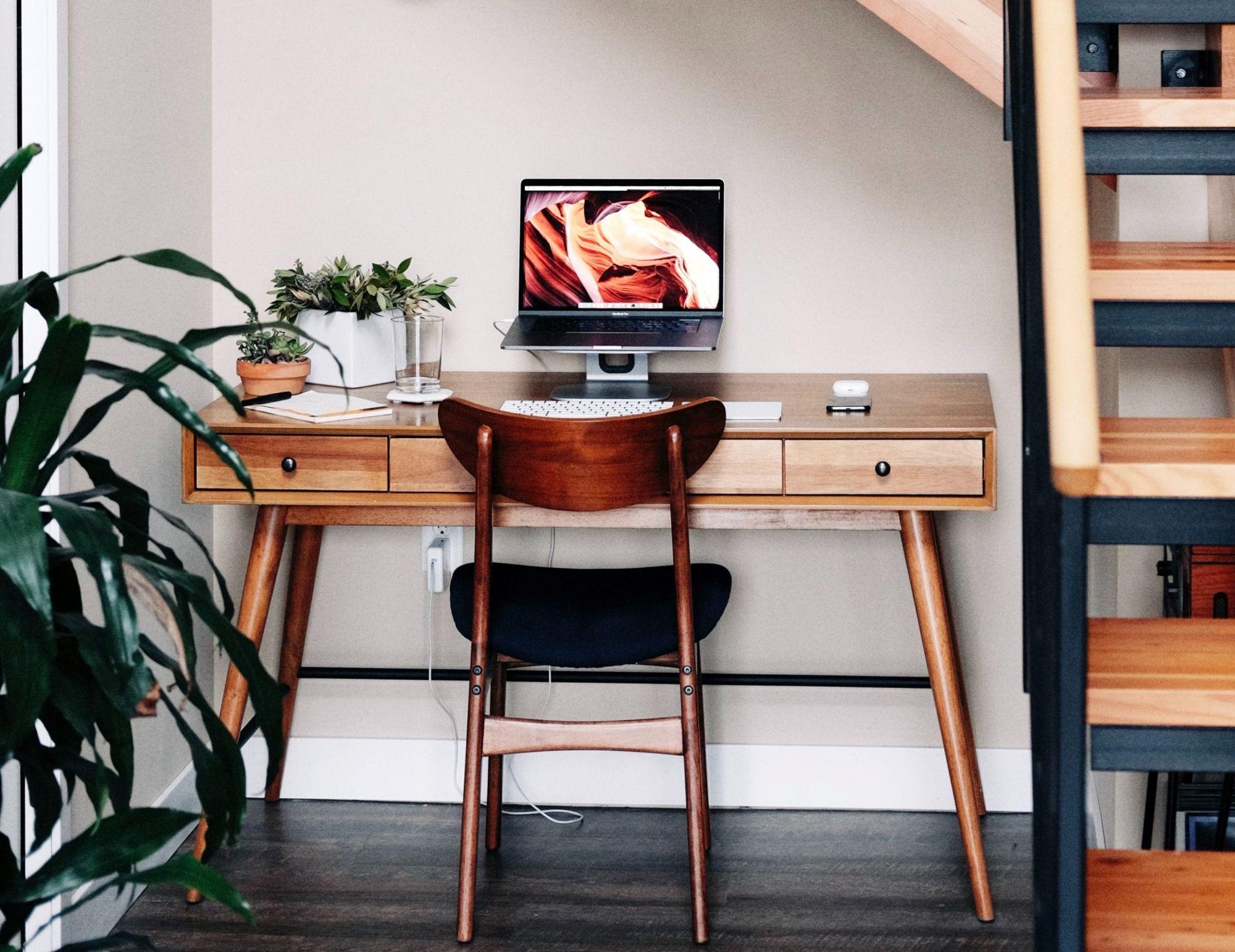 Scrivania: 8 idee per riempire piccoli spazi nella zona giorno