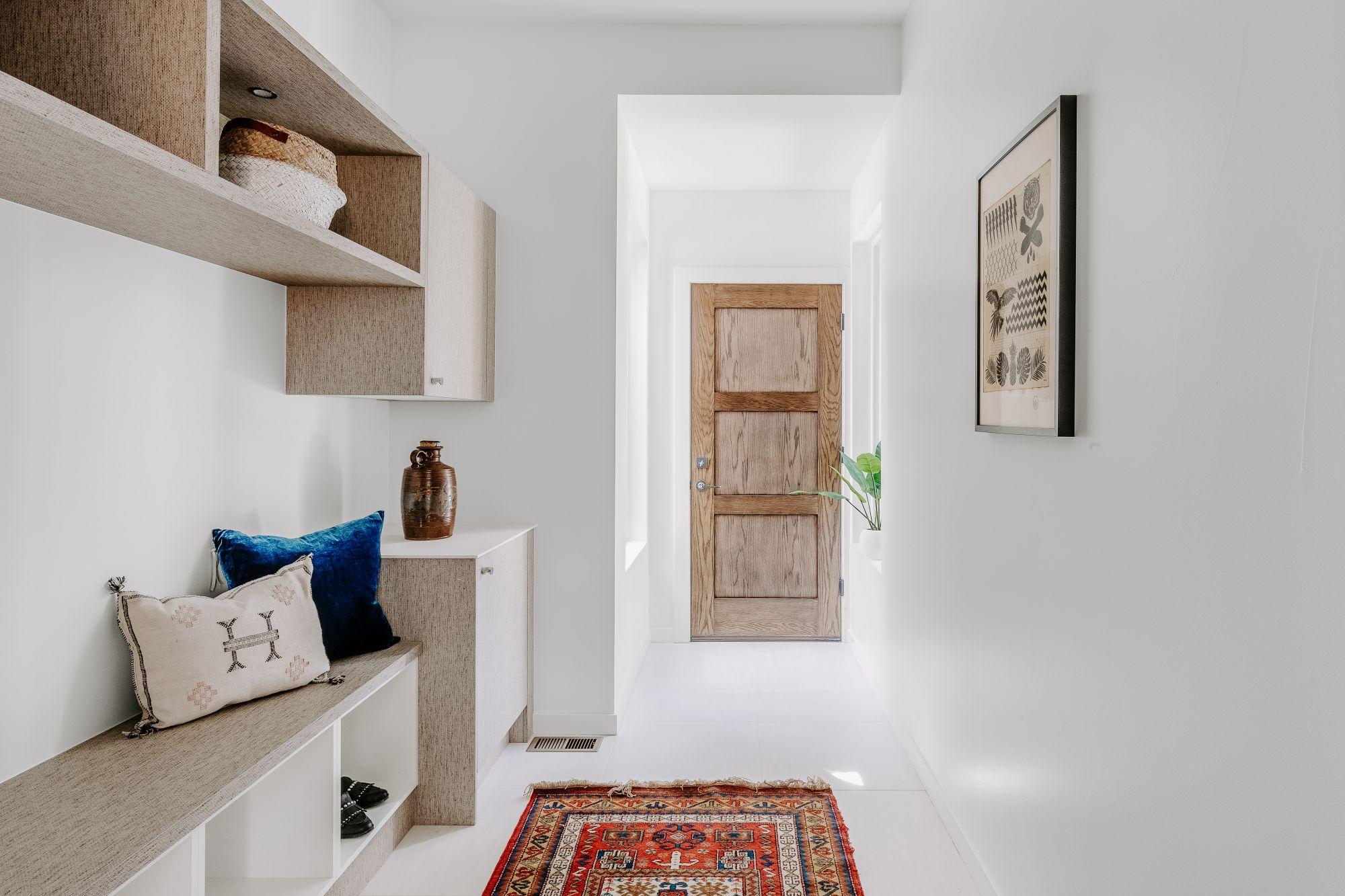 Arredare spazi inutilizzati in un corridoio